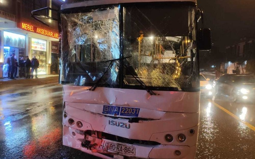 Bakıda iki avtobus toqquşub, yaralılar var - FOTO - VİDEO - YENİLƏNİB