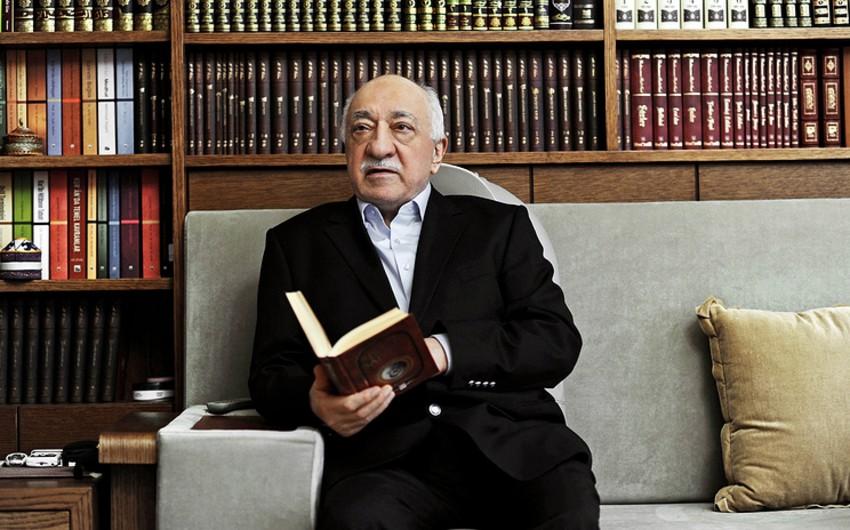Kamil Aydın: Ankara Gülənin dövlət çevrilişinə cəhddə əlaqəli olduğunu təsdiq edən 85 qutu sənədi ABŞ-a göndərib