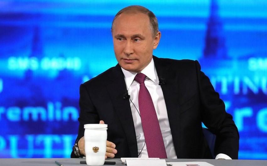 Putin növbəti prezidentlik müddəti ilə bağlı sualı cavablandırıb