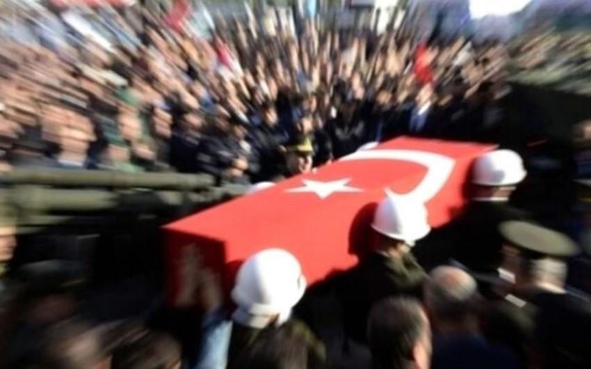 Türkiyənin Suriyadakı hərbçisi terrorçularla atışmada şəhid olub