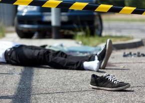 В Баку автомобиль сбил велосипедиста, водитель сбежал с места ДТП