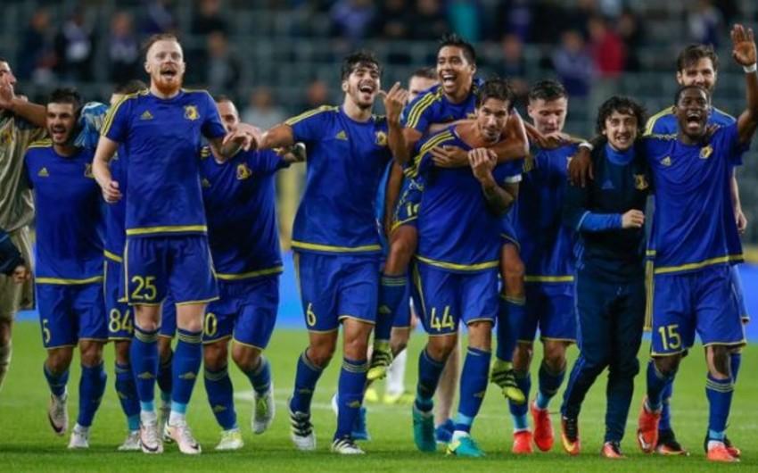 UEFA Rusiya klubunu və futbolçusunu cəzalandırıb
