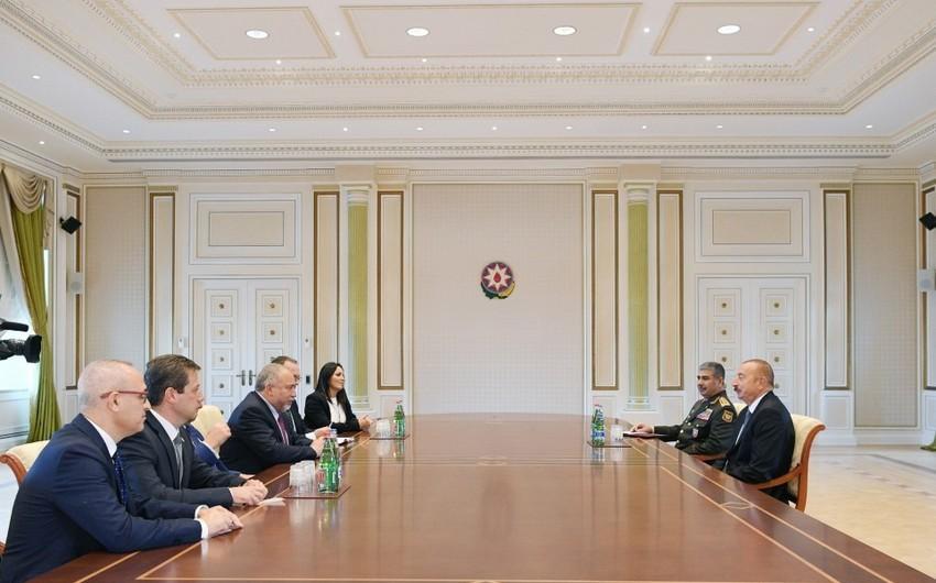 Prezident İlham Əliyev İsrailin müdafiə nazirini qəbul edib - YENİLƏNİB