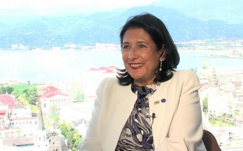"""Gürcüstan prezidenti: """"Beynəlxalq hüquqa hörmətlə bölgədə sabitliyi möhkəmləndirmək mümkündür"""""""