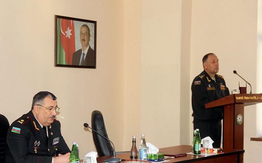 Azərbaycan Ordusunun tibb xidmətinin rəhbər heyəti ilə toplantı keçirilib