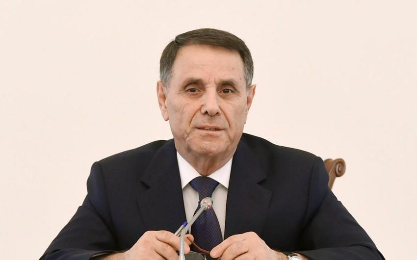 Новруз Мамедов провел заседание Аппарата Кабинета министров