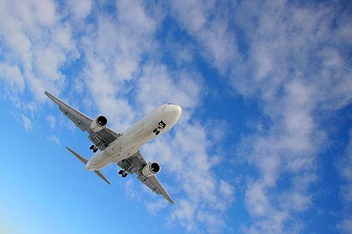 Авиарейс Баку-Франкфурт отложен