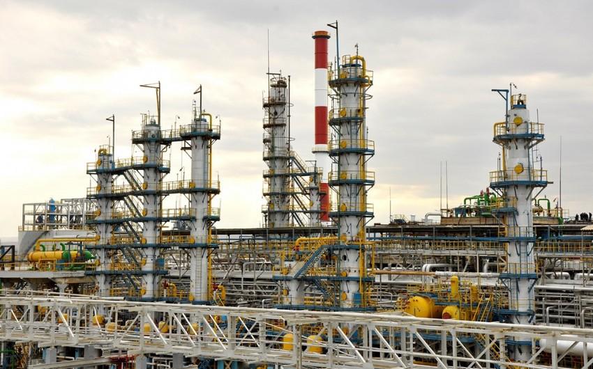 Azerbaijani companies keen to privatize Serbian petrochemical firms