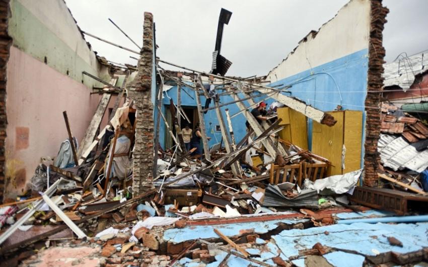 Uruqvayda qasırğa və leysanlar nəticəsində 8 nəfər həlak olub
