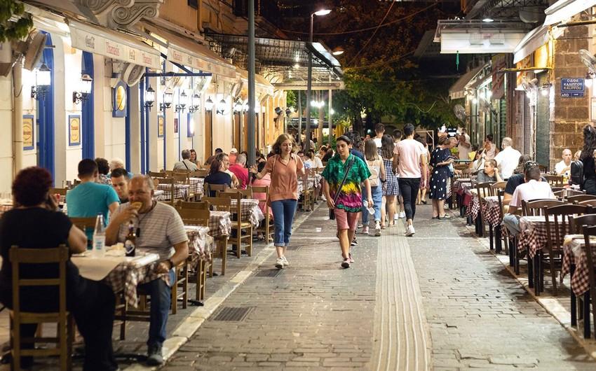 Yunanıstanda karantin rejimi uzadıldı