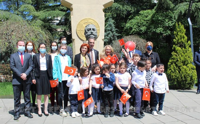 Tbilisidə Türkiyənin milli bayramı qeyd olunub