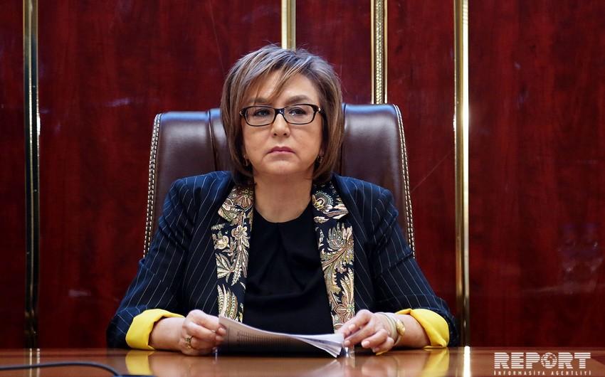"""Məleykə Abbaszadə: """"Azərbaycanda dövlət qulluqçularının sayı 30 mindən çoxdur"""""""