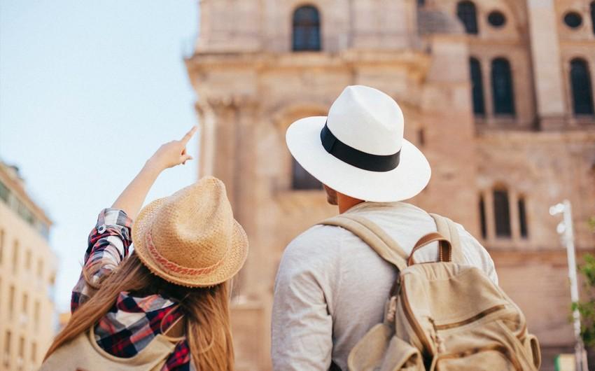 Dünya Turizm Təşkilatı: Turistlərin sayı 83% azalıb