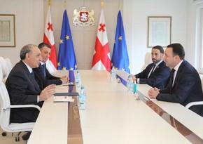 Kamran Əliyev Gürcüstanın Baş naziri ilə görüşüb