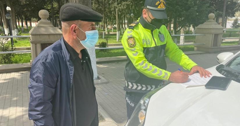 Polis Ağsuda piyadaları və sürücüləri cərimələdi