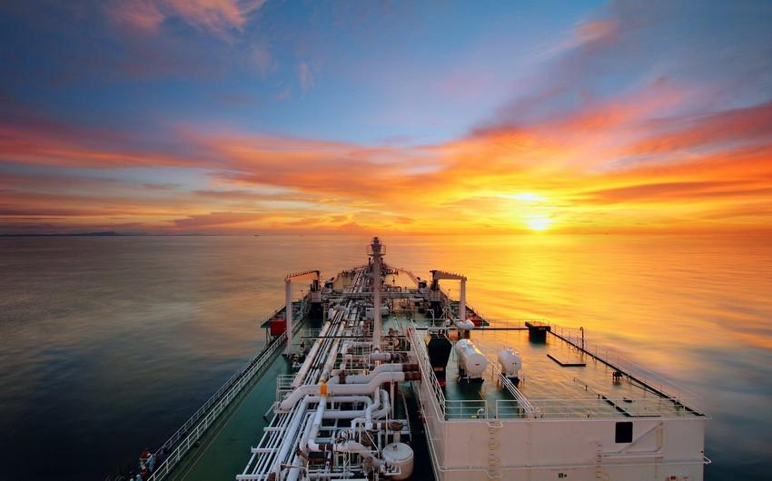 Украина закупила у Азербайджана нефти на 300,5 млн долларов за 9 месяцев