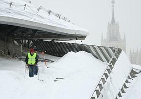 Аэропорт в Москве переполнен пассажирами задержанных рейсов