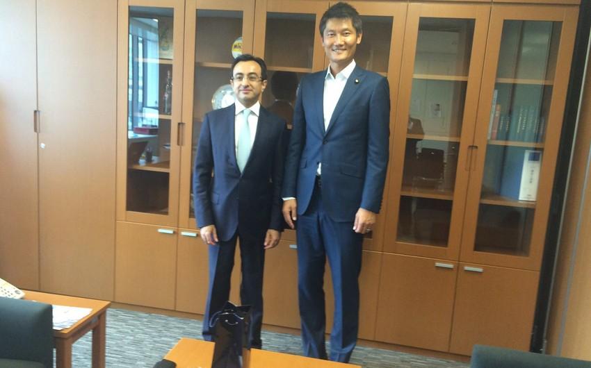 Азербайджан и Япония обсудили развитие межпарламентских связей