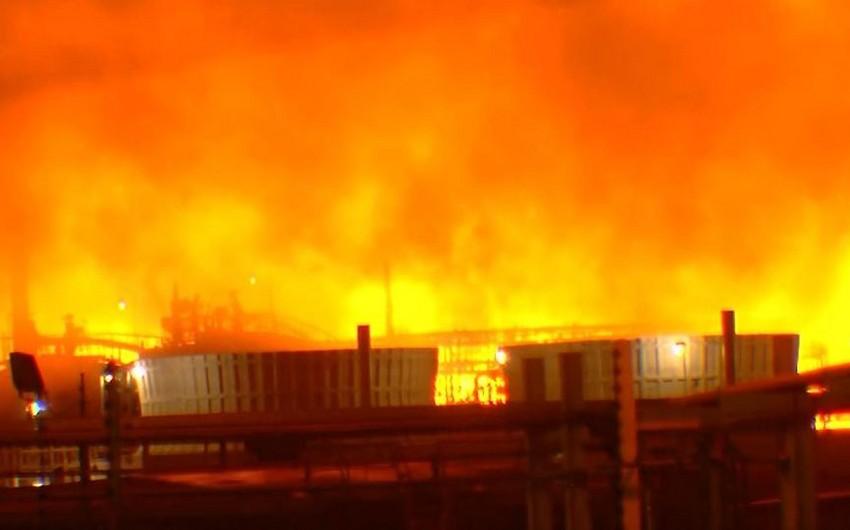 """ABŞ-da """"Exxon Mobil""""in zavodunda güclü yanğın olub - VİDEO"""
