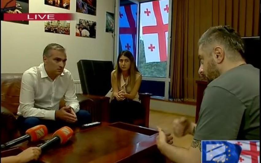Gürcüstanın müxalif televiziyasının kollektivi yeni direktoru narazılıqla qarşılayıb