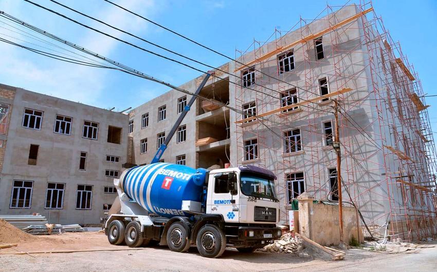 В Баку строится 8 новых школьных зданий