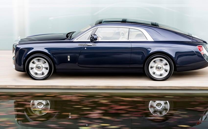Rolls-Royce dünyanın ən bahalı avtomobilini təqdim edib