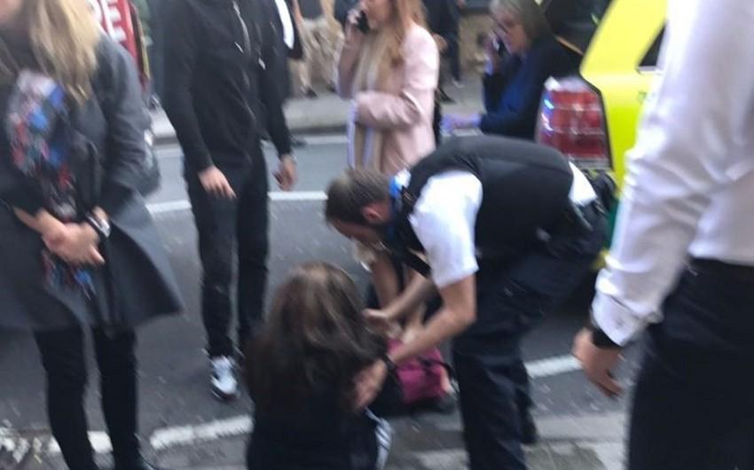 London metrosundakı terror hücumundan sonra 18 nəfər xəstəxanaya yerləşdirilib - YENİLƏNİB-5