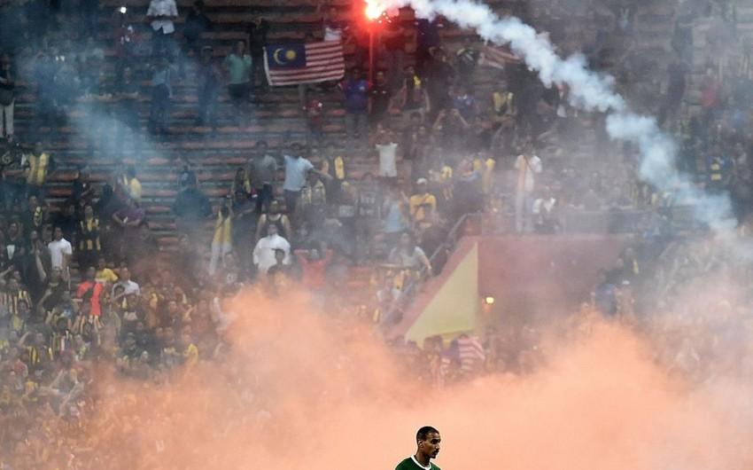 Malayziya - Səudiyyə Ərəbistanı futbol qarşılaşması yarımçıq dayandırılıb