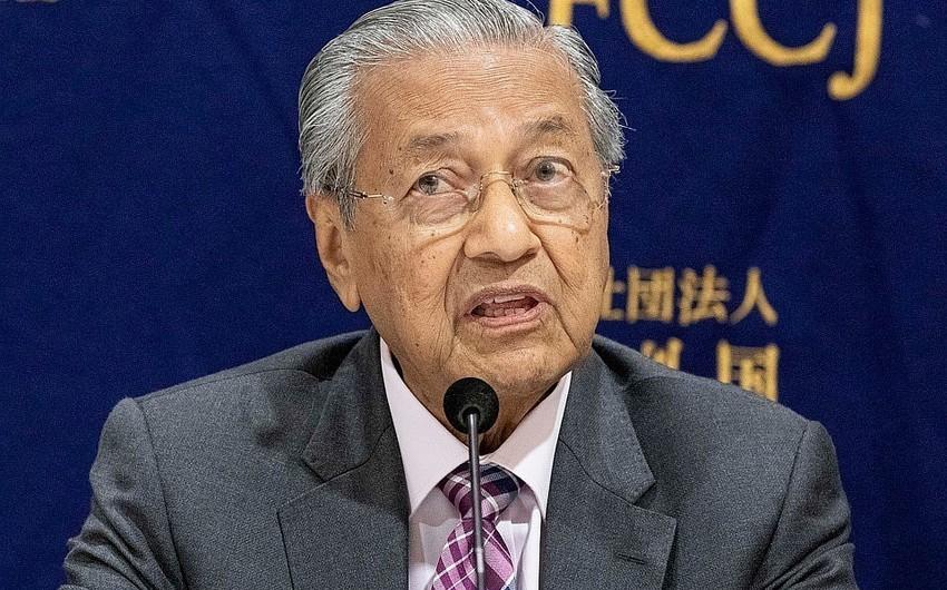 Премьер-министр Малайзии  посетит Азербайджан