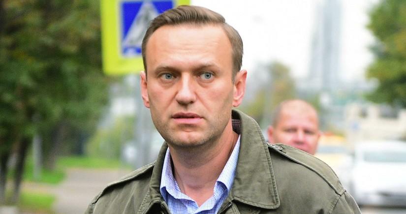 Aleksey Navalnı aclıq aksiyasını dayandırıb