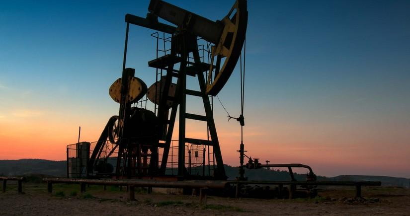 Tələbatla bağlı narahatlıqlar nefti ucuzlaşdırır