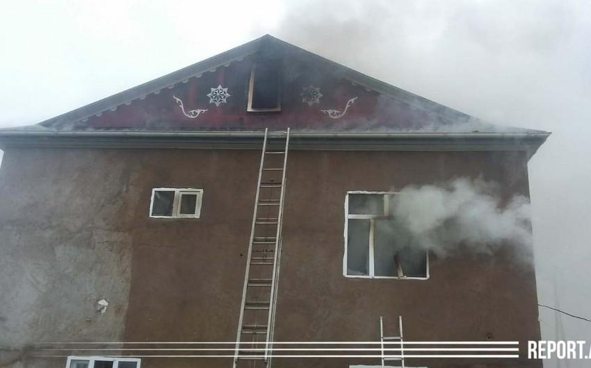 Cəlilabadda ev yandı - VİDEO - YENİLƏNİB