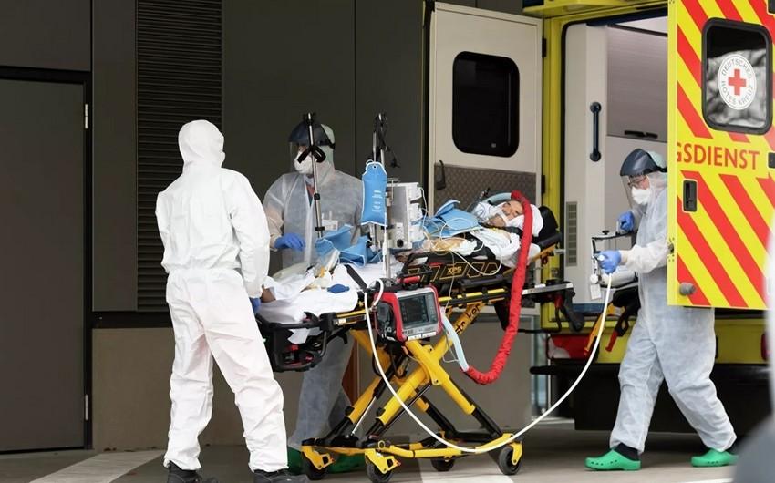 Almaniyada COVID-19 diaqnozu qoyulan 8 174 insan ölüb