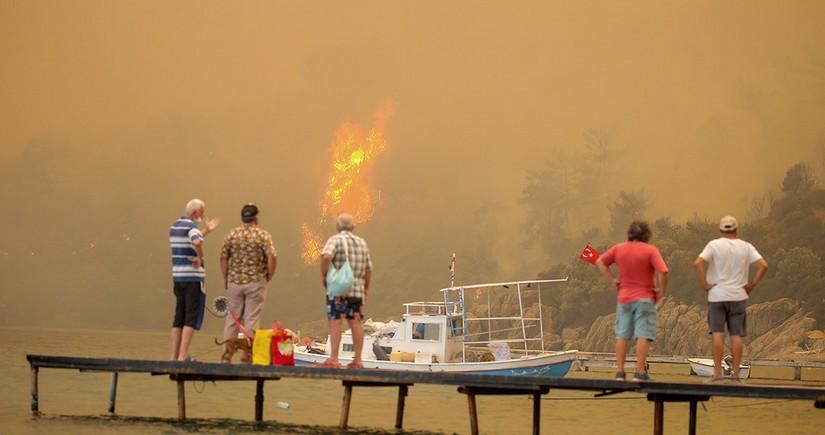 Antalyada meşə yanğınını törədən bir nəfər həbs edilib