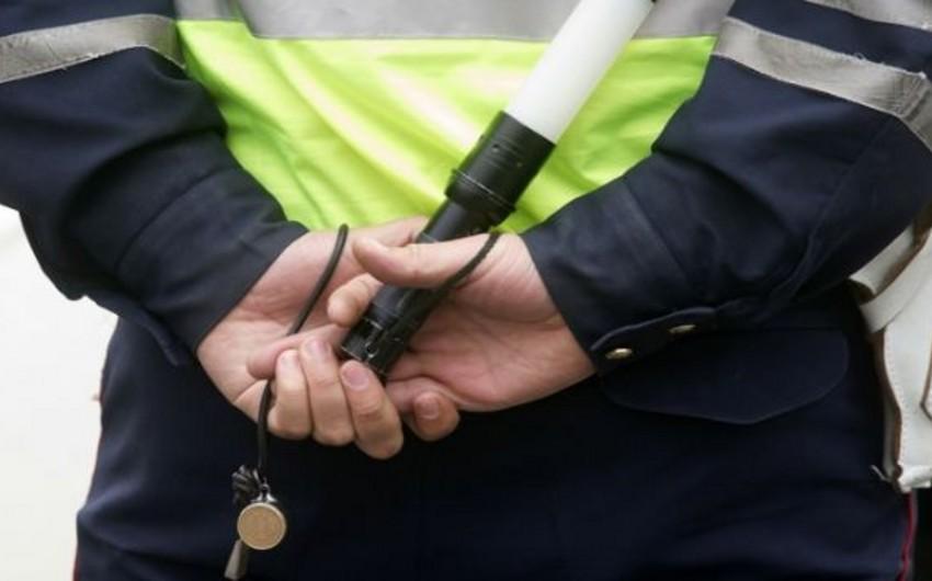 İmişlidə ictimai təhlükəsizliyi təmin edən iki polis əməkdaşı xəsarət alıb