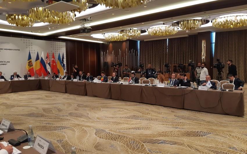 Nazir: Azərbaycan xarici investisiyalar üçün əlverişli şərait yaradaraq investisiya potensialını genişləndirir