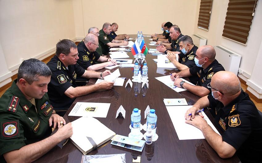 Заместительминистраобороны России обсудил в Баку вопросы сотрудничества
