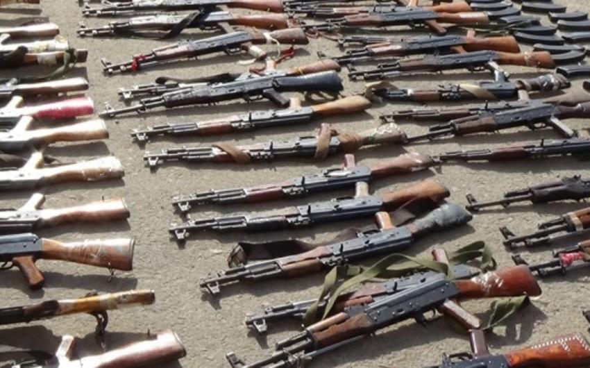 Suriyada 700 terrorçu könüllü surətdə təslim olub