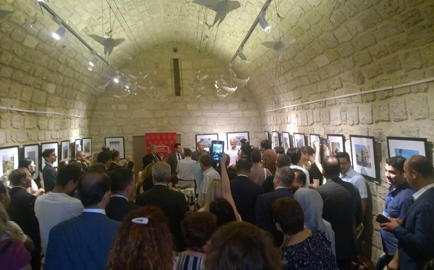 Открылась выставка Городская жизнь: Баку глазами зарубежных дипломатов