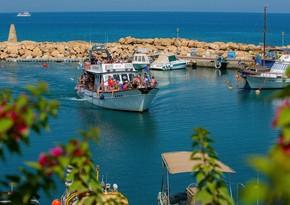 Cənubi Kipr bütün ölkələrdən gələn turistlər üçün sərhədləri açır