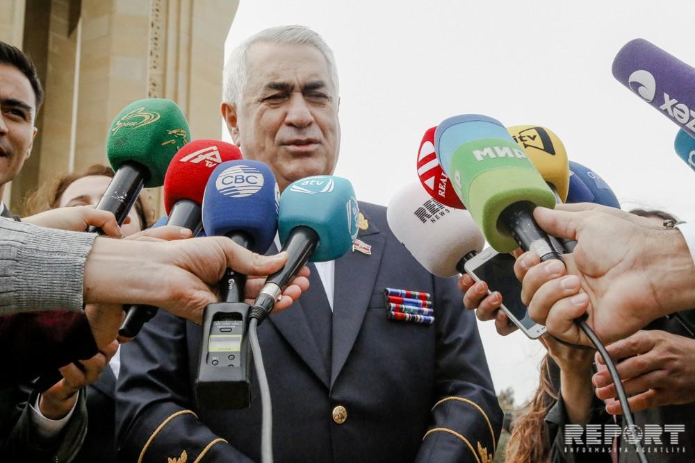 Джавид Гурбанов: Азербайджан помогает соседним странам начать пассажироперевозки по БТК