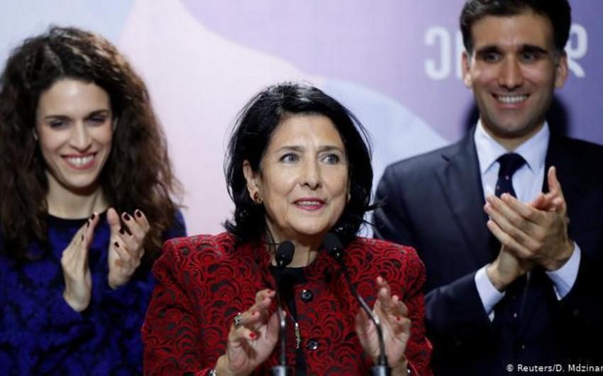 Сын Зурабишвили стал сотрудником администрации президента Франции