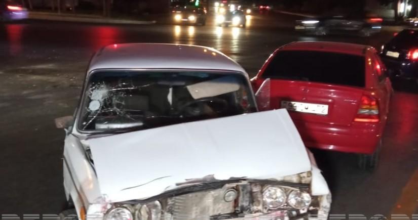 В Баку столкнулись два автомобиля