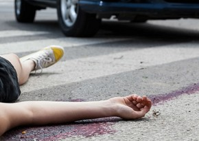 Novxanıda avtomobil qadını vuraraq öldürüb