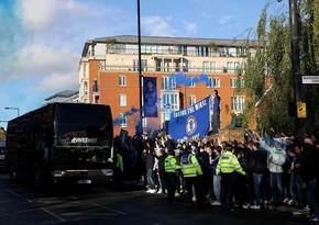 İngilis azarkeşlər Real Madridin avtobusuna tüstü bombaları atıb