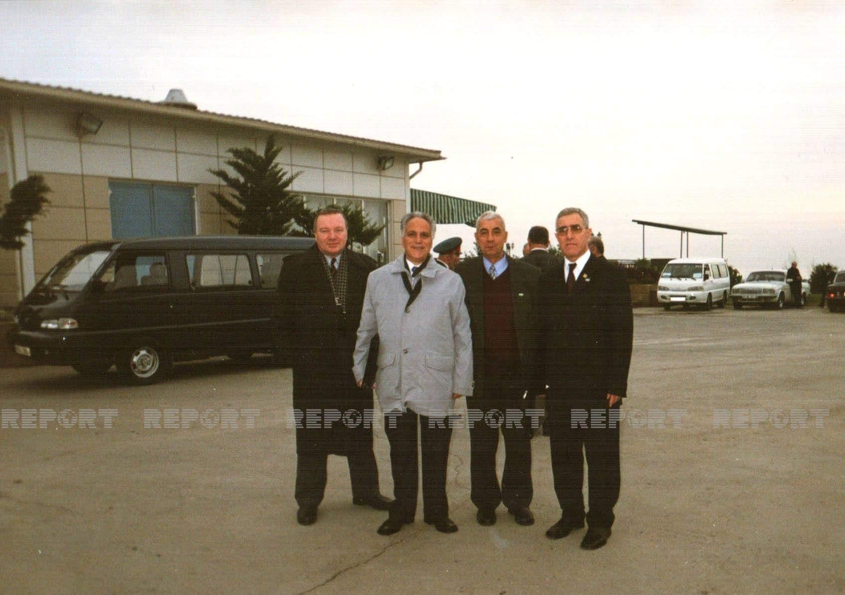 Birinci Dünya azərbaycanlıları konqresində (Bakı 2001-ci il)