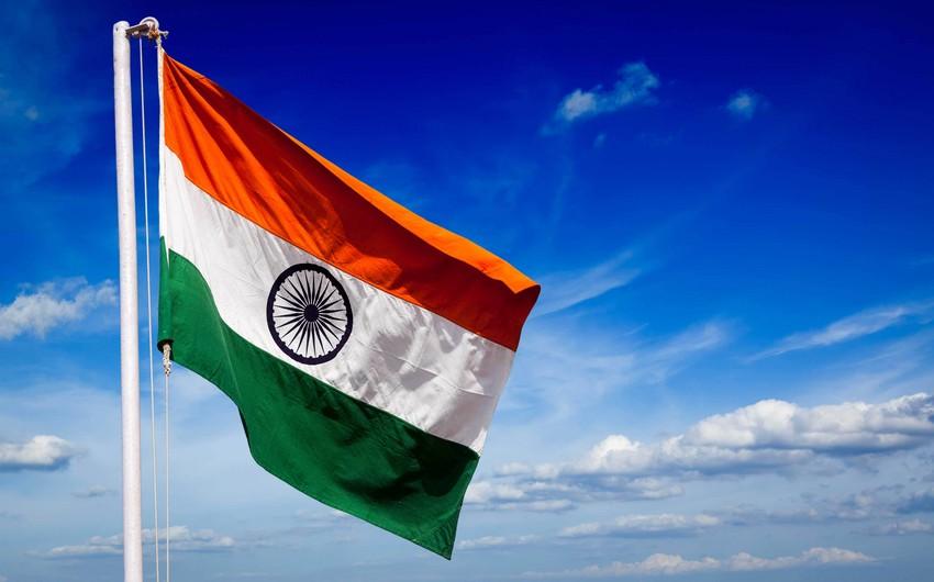Hindistan İrandan sutkada 300 min barel neft ala biləcək