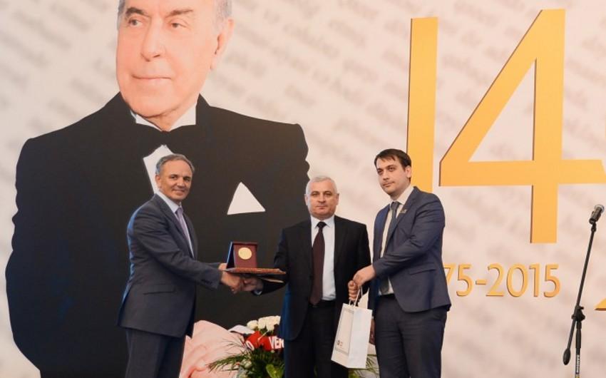 Mətbuat Şurasının Ali Media Mükafatının 2015-ci il üçün laureatlarının adları açıqlanıb