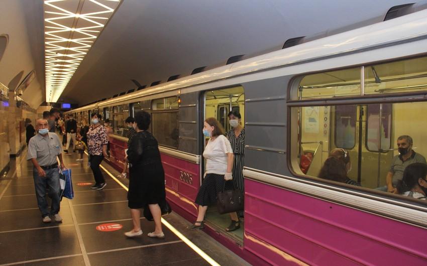 Bakıda vətəndaş azyaşlı oğlunu metroda unudub