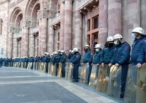 На митинге в Ереване задержали около 130 человек